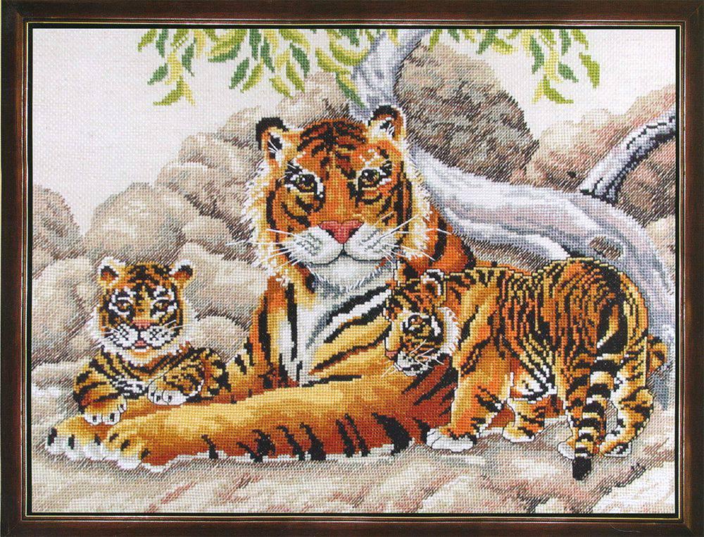 Бенгальские тигры 70702.