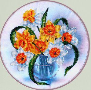 Нарциссы в вазе вышивка